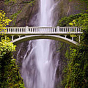 Multnomah Falls Silk Art Print