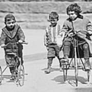 New York Street Kids - 1909 Art Print