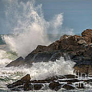 Nubble Lighthouse Waves 1 Art Print by Scott Thorp