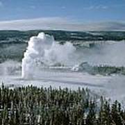 3m09132-01-old Faithful Geyser In Winter Art Print