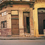 Life In Old Havana Art Print