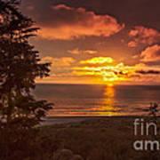 Pacific Sunset Art Print by Robert Bales
