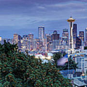 Panorama Of Downtown Seattle And Space Needle From Kerry Park At Dusk - Seattle Washington State Art Print