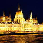 Parliament Building At Night In Budapest Art Print