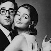Peter Sellers Posing With A Model Art Print