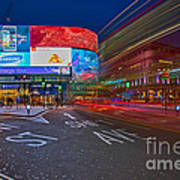 Piccadilly Circus Art Print