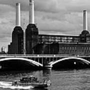 Pink Floyd's Pig At Battersea Art Print by Dawn OConnor