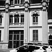 policia guardia urbana patrol cars outside estacio del nord station Barcelona Catalonia Spain Art Print