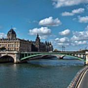 Pont Notre Dame Art Print