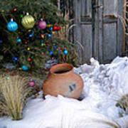 Pottery In Snow At Xmas Art Print