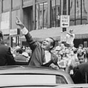 President Nixon Pointing At The Crowd Art Print