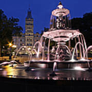 Quebec Parlementaire And Fontaine De Tourny Art Print
