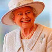 Queen Elizabeth II Portrait 100-028 Art Print