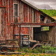 Red Barn And Truck In The Palouse Art Print