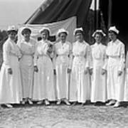 Red Cross Nurses, 1916 Art Print