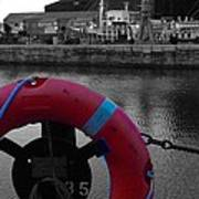 Red Lifebelt At Albert Dock 2 Art Print