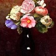 Red Roses In A Black Vase Art Print