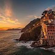 Riomaggiore Rolling Waves Art Print by Mike Reid