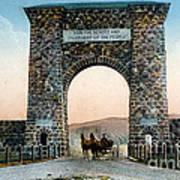 Roosevelt Arch Yellowstone Np Art Print