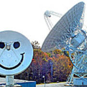 Smiley And 26 West Antennas Art Print