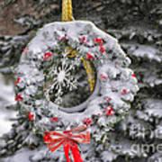 Snow Covered Wreath Art Print