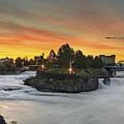 Spokane Sunrise Art Print by Michael Gass