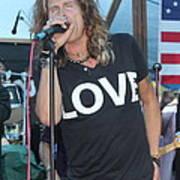 Steven Tyler Sings Art Print