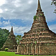 Stupas Of Wat Mahathat In 13th Century Sukhothai Historical Park-thailand Art Print