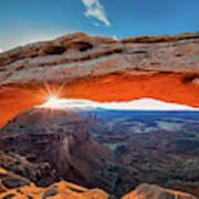 Sunrise At Mesa Arch Art Print