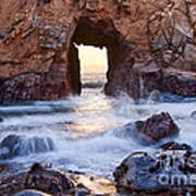 Sunset On Arch Rock In Pfeiffer Beach Big Sur California. Art Print