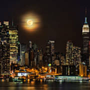 Super Moon Over Nyc Art Print