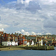 Tate Hill Pier And The Shambles - Whitby Art Print