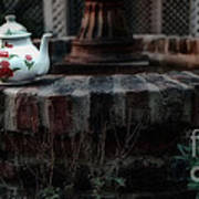 The Fountain And The Teapot Art Print