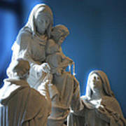 The Gift Of The Rosaries Statue Art Print