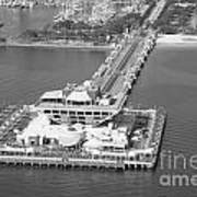 The Pier St Petersburg Fl Art Print