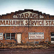 Tomahawk Garage Art Print