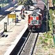 Train At Delhi Station Art Print