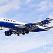 United Airlines Boeing 747 Airplane Flying Art Print