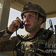 U.s. Air Force Soldier Communicates Art Print