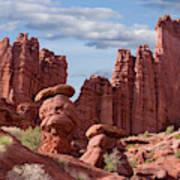 Usa, Utah View Of Fisher Towers Credit Art Print