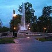 Vander Veer Fountain At Sunset Art Print