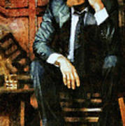 Viggo Posed In A Chair Art Print