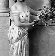 Vintage Lady I  Bw Limited Sizes Art Print