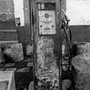 Vintage Old Gas Pump Art Print
