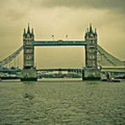 Vintage Tower Bridge Art Print