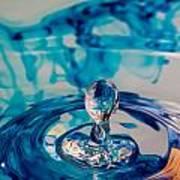Water Drop In Blu Art Print