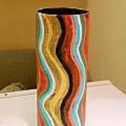Wavy Vase Art Print