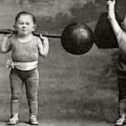 Weightlifting Dwarfism Exhibits Art Print