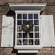 Window Decorations In Williamsburg Art Print