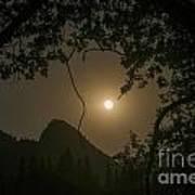 Yosemite Moonrise Art Print